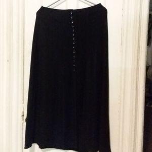 Women's Briggs size Medium P Skirt.